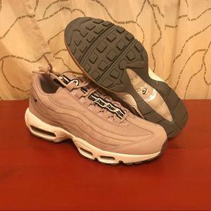 Nike air max 95's men's size 9.5